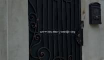 kovana-ulazna-vrata-od-kovanog-gvozdja-markfer-sid-ruma-stejanovci
