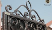 mark-fer kovana kapija od kovanog gvozdja