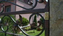 kovane-kapije-i-ograde-mitrovica-beograd-stejanovci